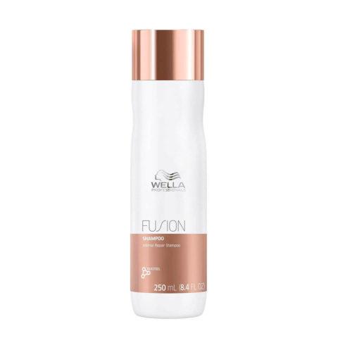 Wella Fusion Shampoo 250ml - shampooing réparation intense