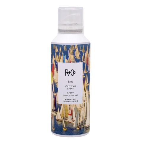R   Co Sail Soft Wave Spray crée des Vagues et du Volume 147ml